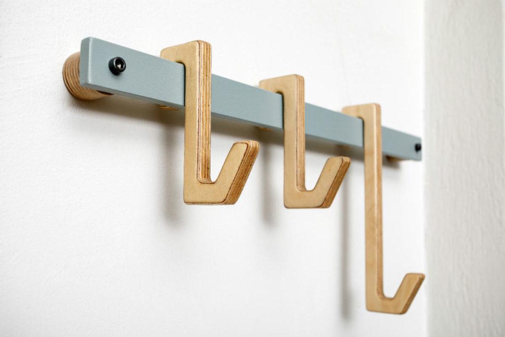 Wall hanger, wooden hooks, κρεμάστρα τοίχου, κρεμάστρα τοίχου μεταλλική